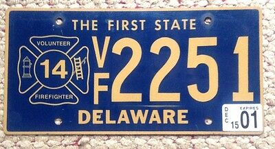 2001 Delaware Volunteer Firefighter Fireman Fire Fighter License Plate V.f. Del