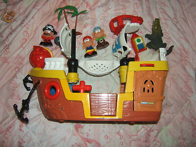 Fisher Price Little People LIL PIRATE SHIP Boat Music Fun Sounds Pirate Ocean