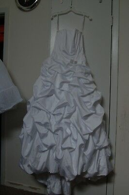 David's Bridal Wedding Dress and crinoline under slip size 2, never used