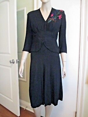 Vintage 1940s Black Film Noir Crepe Cocktail Dress Beading Elegant Modest Peplum