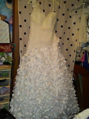Rare Alfred Angelo Disney fairytale Rapunzel Wedding gown new with tags
