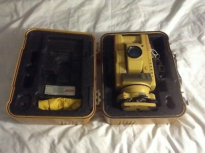 Topcon GTS-301 series Total Station Survey equipment New battery