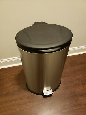 Round Stainless Trash Can Step-On 10 gallon used