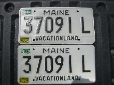 Pair of 1988 Maine License Plates 37091 L - VACATIONLAND