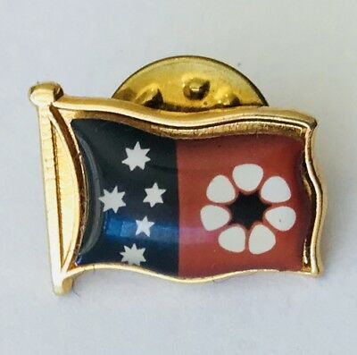 Nothern Territory Australia Lapel Flag Badge Pin Rare Vintage (J11)