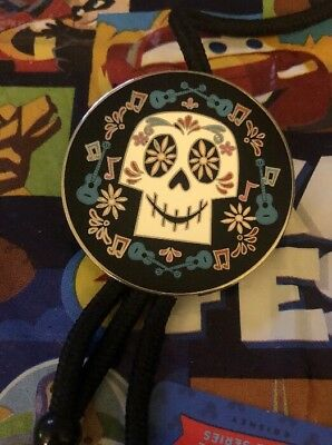 Disney Disneyland Coco Sugar Skull Cast Exclusive Pin LANYARD ID Tag Holder