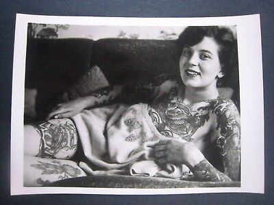 Vintage Photo..' Tattooed Lady '...Jennifer Brain of England ..7x5 in...T-1358