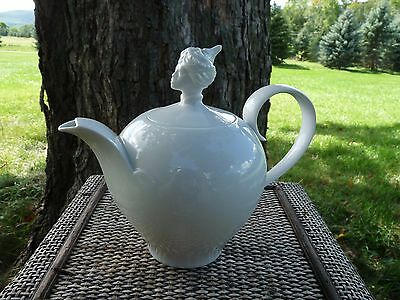 """WIEN Augarten """"ORIENT"""" Teapot by Ena Rottenberg - Exotic CHINESE Head finial"""