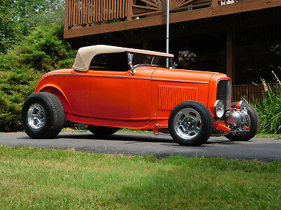 1932 Ford Other Deuce Roadster, Street Rod, Hot Rod 1932 Ford Roadster; 350, 4-Speed, Wescott Body, Beautiful, Ex. Cond. (video)