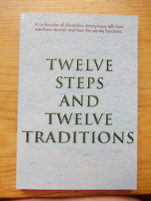 Alcoholics Anonymous - 12 Steps & 12 Traditions - Paperback - Brand new