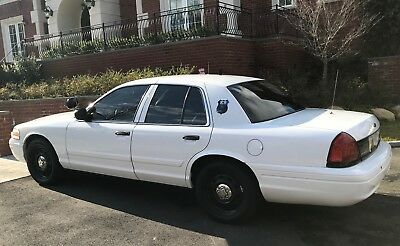 2011 Ford Crown Victoria P71 Police Interceptor 2011 Ford Crown Victoria P71 - Unmarked FBI Car - Used For TV Advertising - Mint