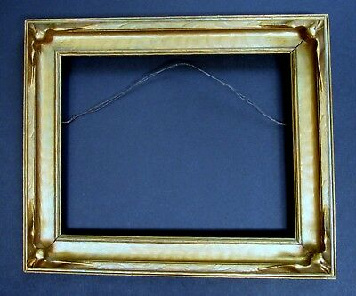 Vintage Pie Crust Bat Wing Picture Frame Gold Tone