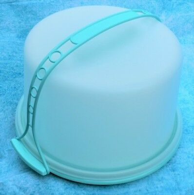 TUPPERWARE Classic Large Cake Taker With Cariolier Handle Retro Style