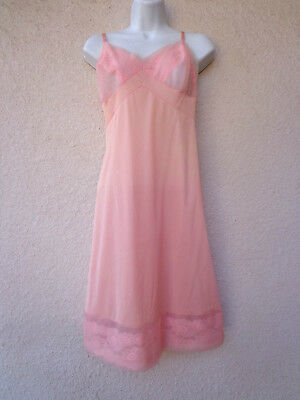 Vintage Vanity Fair FULL SLIP Antron Nylon Lace & Chiffon Trim Peach L XL SZ 40