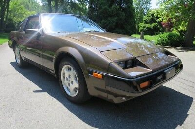 300Zx -- 1985 Nissan 300Zx Coupe 5/speed  One Owner 35,000 Original Miles