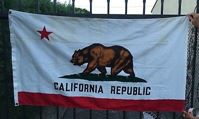 "Vintage Defiance 5' x 33"" California Republic Bear State Flag Cotton"