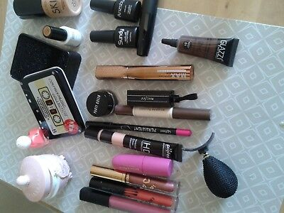 lot maquillages