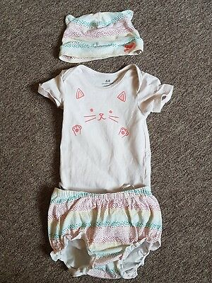 H&M Girls Cute Outfit 4-6 Months