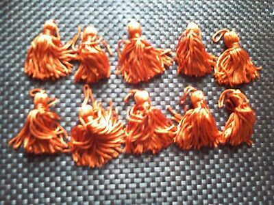 10 x kleine  Quasten orange