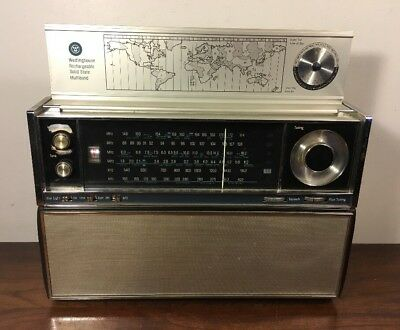 Vintage Westinghouse Seven Seas Solid State Multiband Radio RPM5010A