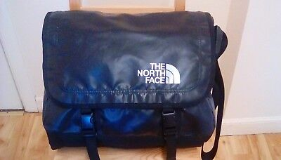 Classic North Face Base Camp Messenger Bag Size Large