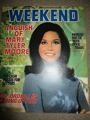Rare Vintage 1981 Mary Tyler Moore UK Weekend Magazine Cover Clippings