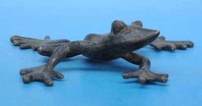 Old Chinese copper hand-carved frog statue c01