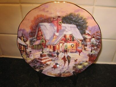 Royal Doulton Christmas  2001    Plate -Special Delivery  -   Bradford Exchange