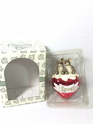 Charming Tails By Fitz And Floyd A Love For All Seasons Ornament