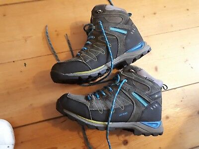 Karrimor real leather walking boots size 5