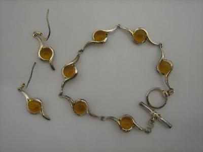 A Lovely Sterling Silver Bracelet and Earrings Set, Set with Amber (0435-CC-W33)