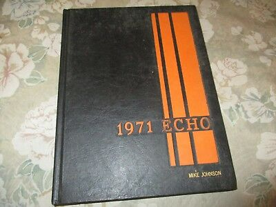 Webster Groves High School 1971 yearbook - St. Louis, Missouri