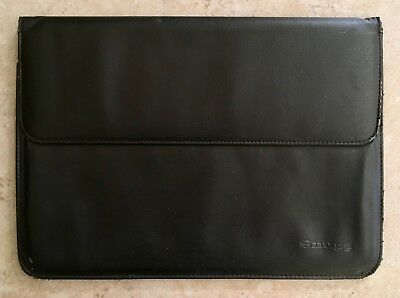 """Snugg™ Fit For Life Black Protective Sleeve for Macbook Air & Pro 13"""""""