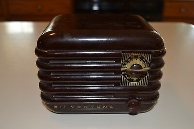 Vintage Radio Small Silvertone Radio Model 6402 Buy It Now Or Best Offer