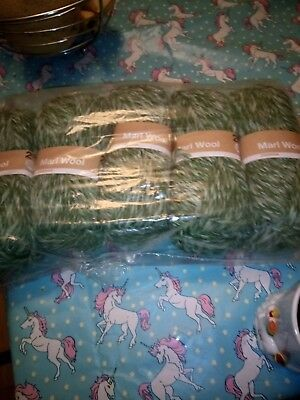 Marl Green/cream Chunky Wool 5 X 100g Balls For Knitting Or Crochet