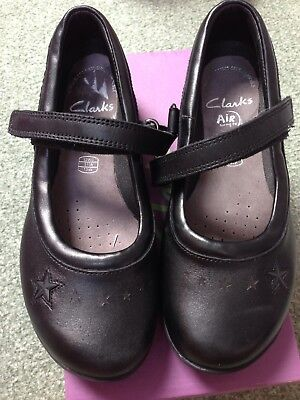 Girls Clarks School Shoes 12 1/2G New