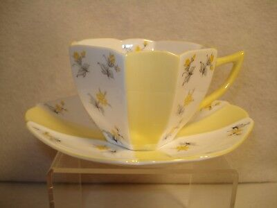 Shelley Yellow Charm Queen Anne Shape Cup & Saucer 13894516 Lot #8
