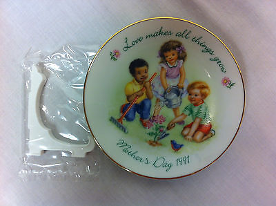 Vtg Collectible Avon Mother's Day 1991 Min Plate, NEW w/Box