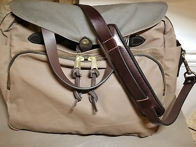 FILSON Padded Computer Bag Briefcase tan,green Leather Handel's, strap NEW! $425