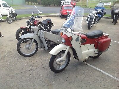 Grab A Noddy Bike ! Ariel Or Velocette  ? Great Running Leader And Le 200
