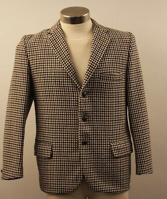 SMALL / MEDIUM, SHORT. MENS ORIGINAL VINTAGE 1960s TWEED JACKET.