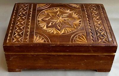 Vintage Large  Hand-Carved Wooden Jewelry/trinket Box (Men's Or Women's)