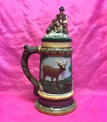 Vintage 1992 Large Hand Painted 3D Effect HUNTING THEME Beer Stein / Mug - Nice!