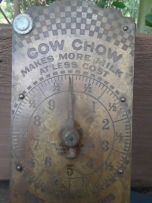 Antique Purina Advertising Cow Chow feed , 30 pound spring balance scale