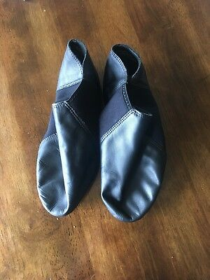 Girls stretch jazz dance shoes black size 11.5 medium In GUC