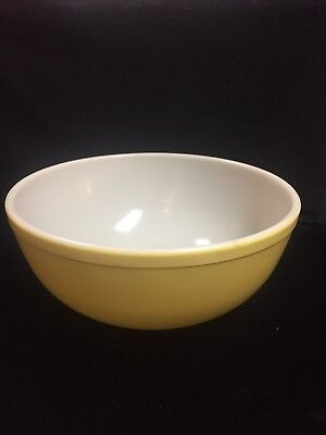 Vintage Pyrex Primary Yellow Very Large Nesting Mixing Bowl 3 1/2 QUARTS!!!