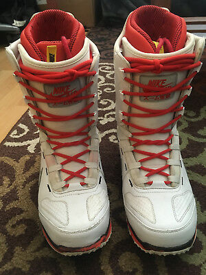 the latest 0d6dd be771 ... Nike Zoom Kaiju - Men s Snowboard Boots - Size 10 White Red Lightly  Used ...