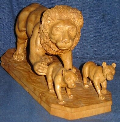 Vintage Look Rare Fine Hand Made Carving Wooden Lion With Two Small Lion Child