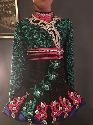 eire designs Irish dancing dress by gavin Doherty.