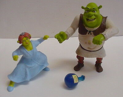 2004 Shrek Swamp Gas Slammin Arm Ogre Princess Fiona McDonalds figure Talks